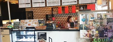 黄金の私の人生 ロケ地 カフェ(CAFEHEE) パン屋